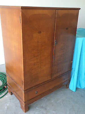 CUPBOARD with 2 doors and draw--3 shelves inside