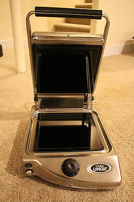 NEW Cadco Commercial Single Stainless Panini Grill CFG-10F Sandwhich Press