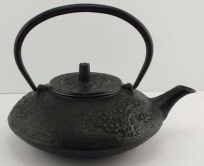 Japanese Tetsubin Teapot Black Cast Iron 21 Ounce