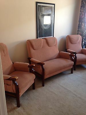 Retro Lounge Suite Corded Fabric 2 Armchairs & 2 Seater
