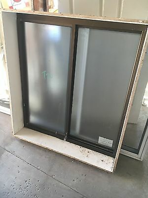 Aluminium Window 1000w X 1100  With Timber Reveal - Frosted Glass