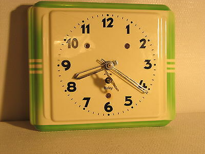 Vintage, 8 day ceramic kitchen clock with key. (ref 620)