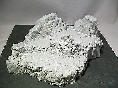 Wargame Terrain Scenery Mountain Cliffs Unpainted Resin 28mm Military Diorama