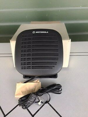 Motorola RSN4001A external speaker with mounting bracket and Connector