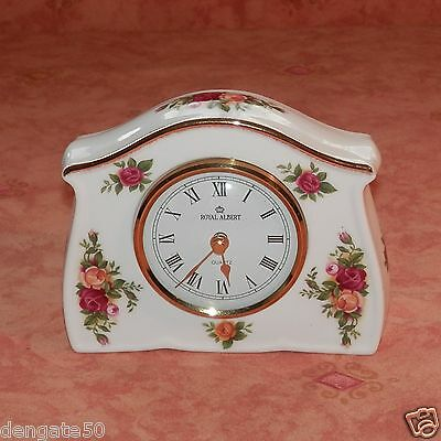 Royal Albert Old Country Roses Small Battery Mantle Clock Dated 1962 (D22)