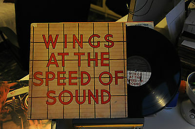 "PAUL McCARTNEY AND WINGS - AT THE SPEED OF  - VINILE - LP - 33 GIRI - 12"" - EX"