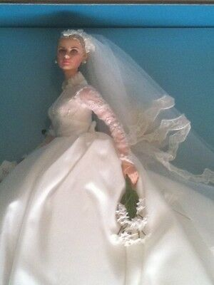 "Poupée - Doll - Barbie collection collector ""Grace Kelly - the bride"""