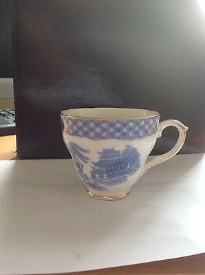 willow duchess blue and white cup