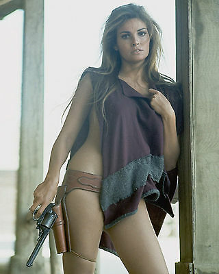 Raquel Welch 8x10 Color Classic Celebrity Photo #56