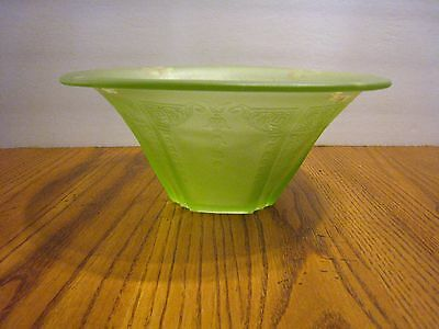 Beautiful Lettuce Green Bowl Etched Top  Fluted Vgc