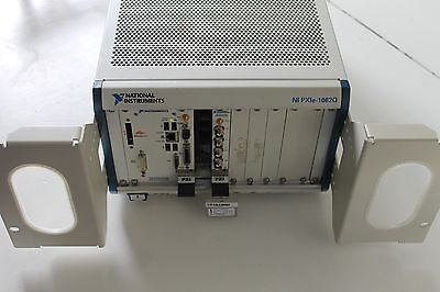 NATIONAL INSTRUMENTS NI PXIe-1062Q MAINFRAME w/PXIe-8105, PXI-4462