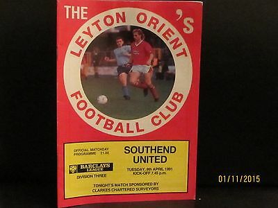 Leyton Orient V Southend United 9/4/1991  Division 3 Football Programme