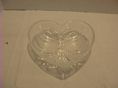 Holiday Traditions Christmas Cardinals Heart Dish Made In Germany