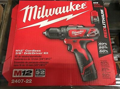 NEW Milwaukee 2407-22 M12 12V Lithium-Ion 3/8 in. Cordless Drill/Driver Kit