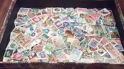 British Commonwealth mix Large lot over 150 stamps NICE LOT B23