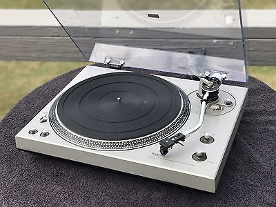 Technics SL 1400 Turntable, Grado Black Cartridge