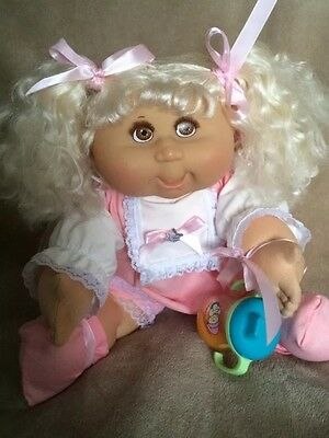 Cabbage Patch Kids~ Play Along Girl With Blonde Cornsilk Hair & Eyelashes RARE