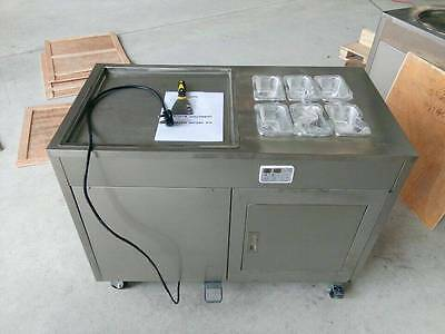 Single Flat Roll Pan Ice Cream Machine with Topping Area and build in fridge