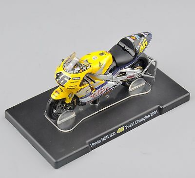 IXO-Altaya Motocycle 1:18 VALENTINO ROSSI Honda NSR 500 46# World Champion 2001