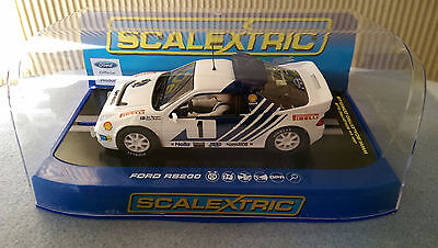 Scalextric 1/32 C3493 Ford RS200 Stig Blomqvist Rally Sweden 1986 NEW