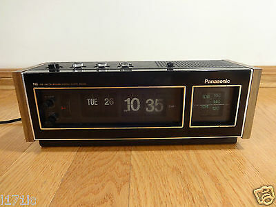 Panasonic RC-6493C IC FM-AM Calendar Digital Flip Alarm Clock Radio JAPAN CLEAN!