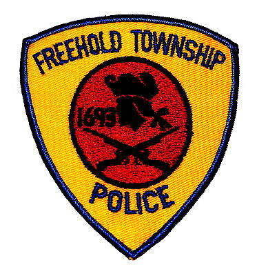 FREEHOLD TOWNSHIP TWP NEW JERSEY NJ Police Patch RIFLES COLONIAL MAN VINTAGE OLD