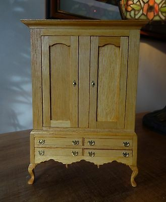 1.12 scale beautifully handmade large Linen Cupboard for the Dolls House.