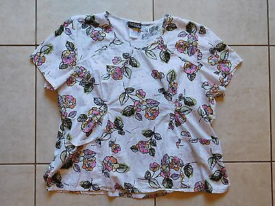 Cherokee Runway Scrub Top--Size 3XL--White, floral, textured fabric