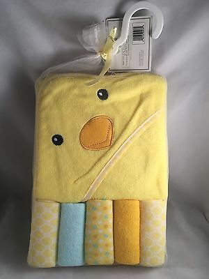 Hooded Towel & 5 Washcloth Gift Set Boys Girls Yellow Shower Chick ��Baby Gear