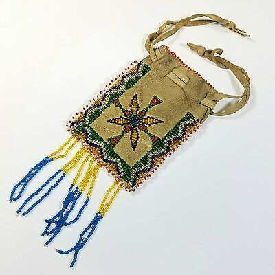 ANTIQUE c.1900 NATIVE AMERICAN INDIAN BEADED LEADER TOBACCO POUCH