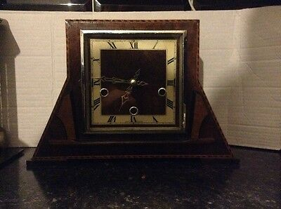 Beautiful Antique Wooden Mantle Clock