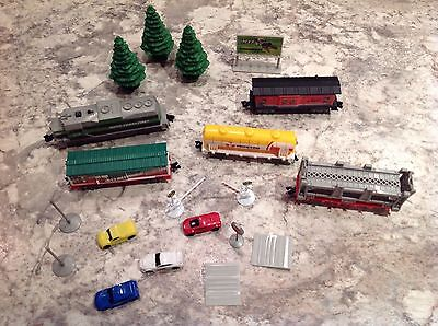 Power City Trains Set of  5 ~ Engine~box car~Oil tanker~Car carrier ~ Caboose