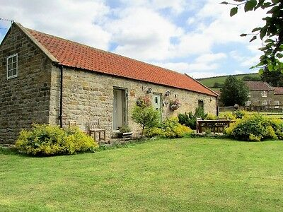 4* Holiday Cottage in the North York Moors. Sleeps 2. 03-06 March 2017.