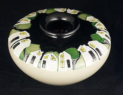 """MOORCROFT 'White Houses' Trial Design Vase FIRSTS 4"""" RRP £210"""