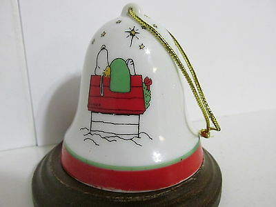 Snoopy Peanuts Charlie Brown Determined Porcelain Christmas Bell Ornament 1975