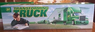 Bp Transforming Truck 1997 1:36 Scale  - Transforms Into Bp Station