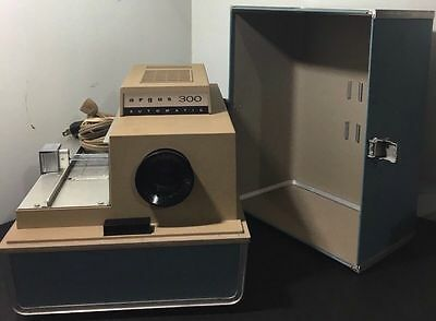 Argues 300 Automatic Slide Projector with Case - Tested, Works! FREE SHIPPING!
