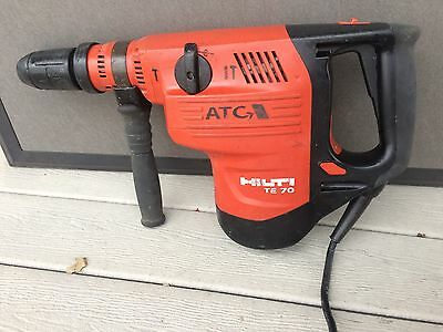 HILTI - TE 70 ATC - Rotary Hammer Drill SDS MAX TE-Y 15 AMP Combihammer 76 80 75