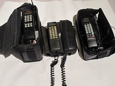 Vintage Motorola mobile phones (ref 0144)