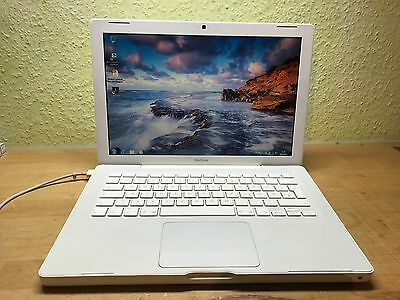 "Apple MacBook A1181 13,3"" Core 2 Duo 250 GB HDD 2GB  startklar"
