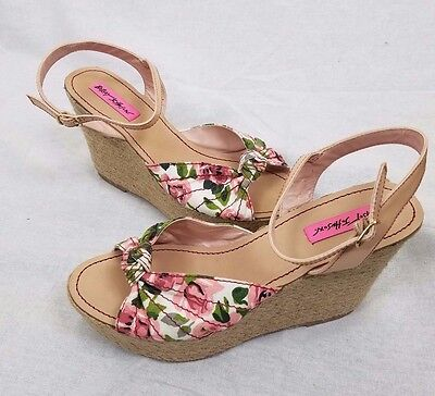 52472e6ee42b Betsey Johnson Pink Rose Knot Ankle Strappy Rattan Wedge Platform Heels 8  Pattty