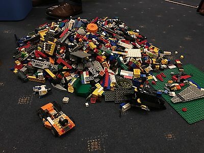 LARGE BUNDLE GENUINE LEGO APPROX 8kg incl some sets and figures