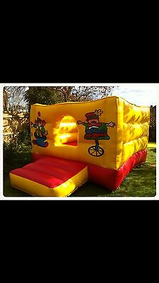 bouncy castle/ball pool For Tots