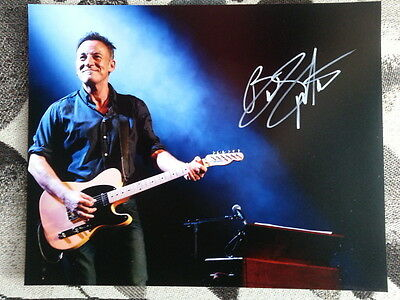 Bruce Springsteen Original Hand Signed Autograph 8 x 10 Photo with COA