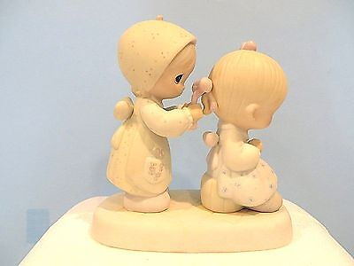 """Precious Moments """"to A Very Special Sister"""" Figurine"""