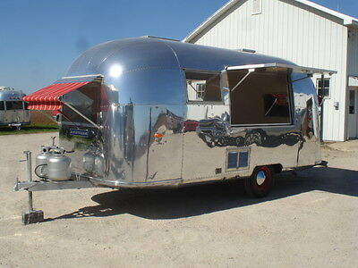 Airstream Food Truck 20 Foot Globetrotter