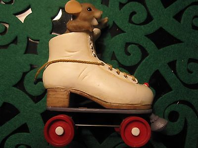 Charming Tails Figurine You're Rollin Now Roller Skates