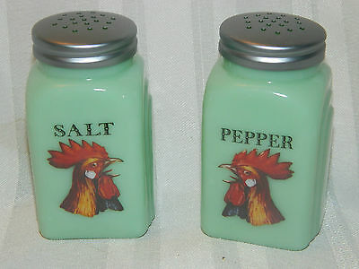 Collectible ROOSTER Jade Jadeite Salt & Pepper Shaker Range Set Arched Chicken