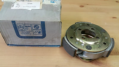 Genuine Piaggio Clutch for Vespa LX150 PN - 827981