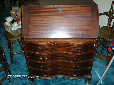 Maddox Colonial Reproductions - Vintage/ Antique - Secretary Desk